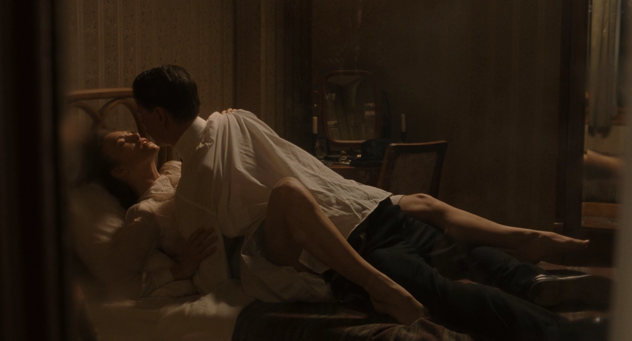 eroticheskiy-film-plotskie-zhelaniya